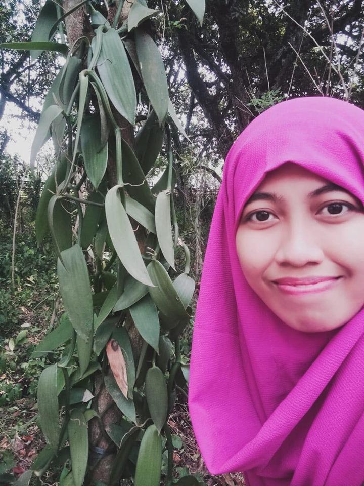 Indah Arnaélis. Productrice de vanille dans la région de Tangerang